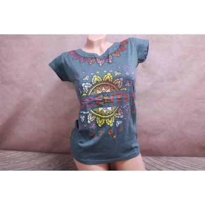 7050 Женская футболка Geso life